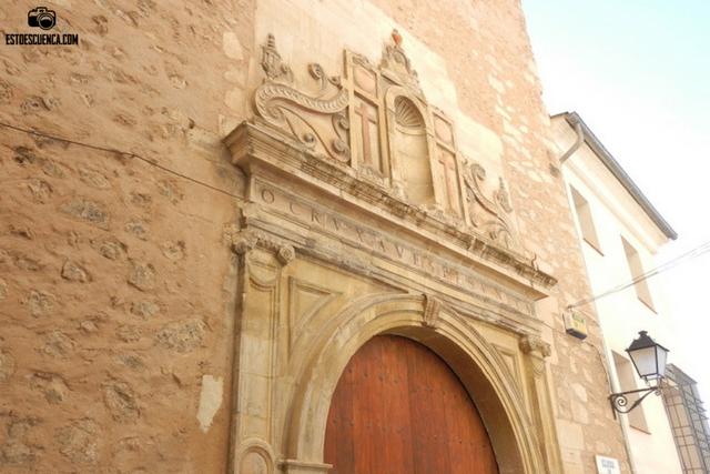 Portada iglesia de Santa Cruz de Cuenca